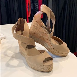 Tory Burch size 10 Wedge Sandals